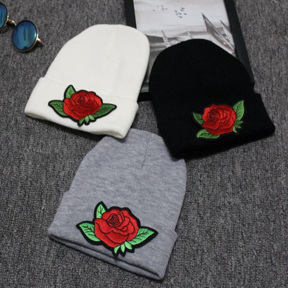Fahion Women Hats New Style Casual Embroidery Rose Solid Caps and Hats Autumn Winter Knitted Double Tayer Thicks For Girls Hats