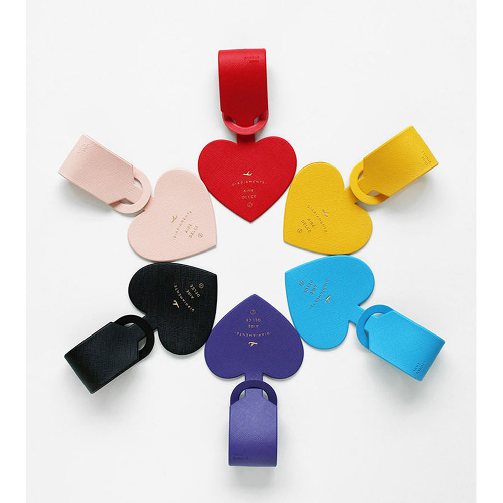 1Pcs Charming Luggage Tag Leather Heart Shaped Travel Vacation Tag