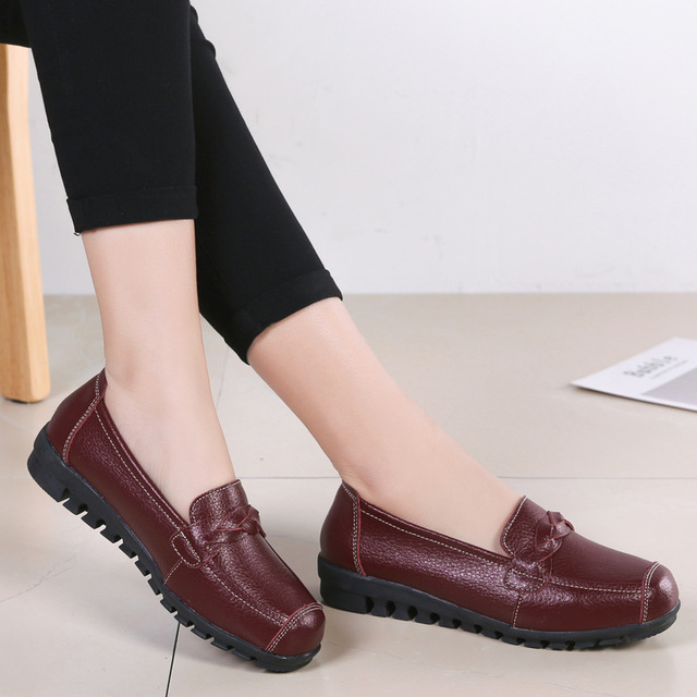 ZZPOHE 2019 Spring new genuine leather women flats shoes Mother Soft  Leisure Flats Female Driving Casual Footwear Ladies Shoes 4464b4f39f9e
