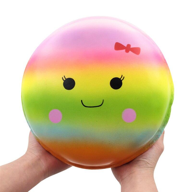 Grand jouets spongieux Donut Coloré Macaron Doux Lent Rising Food Jumbo Cadeau Fun Mignon PU Slime jouet Enfants pour Soulager Le Stress