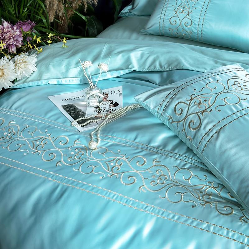 (6)  White silver cotton imitate silk luxurious Bedding Set queen king measurement mattress set Bedsheets linen Europe embroidery Quilt cowl set HTB1LbMCgIyYBuNkSnfoq6AWgVXaH