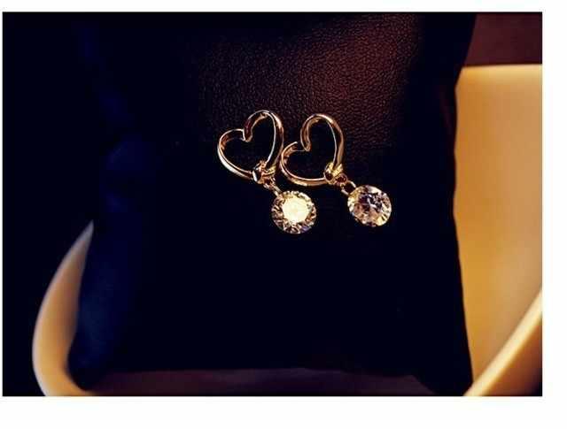 2017 New Fashion Stud Earrings Jewelry Hot Sale Hollow Love Heart Fine Zircon Earrings For Woman Accessories Best Gift