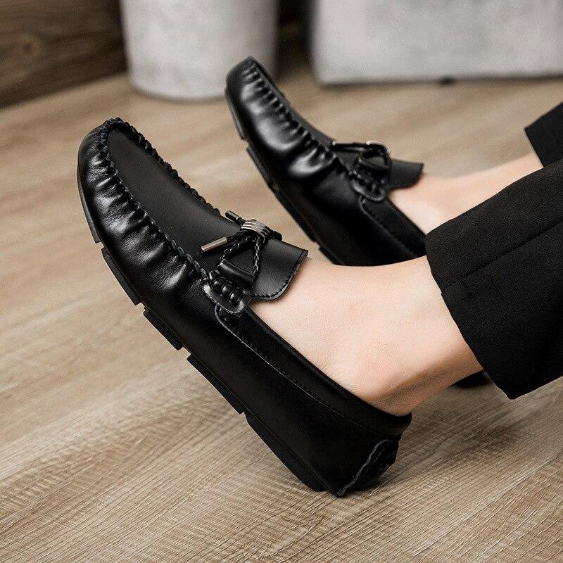 Mocassins de pilote hommes en cuir véritable mocassin chaussures de conduite sans lacet appartements chaussures de bateau pour les hommes