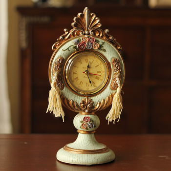 European antique retro antique to do the old resin relief rose clock and watch the clock and watch fashion creative home decor