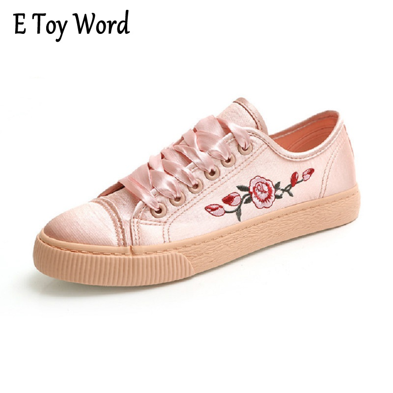 ETOYWORD Canvas shoes female students all-match Korean tide fall 2017 embroidery street shoes lace a low help recreational shoe pearl white canvas shoes shoes white shoes all match flat flat with lace shoes in autumn korean students