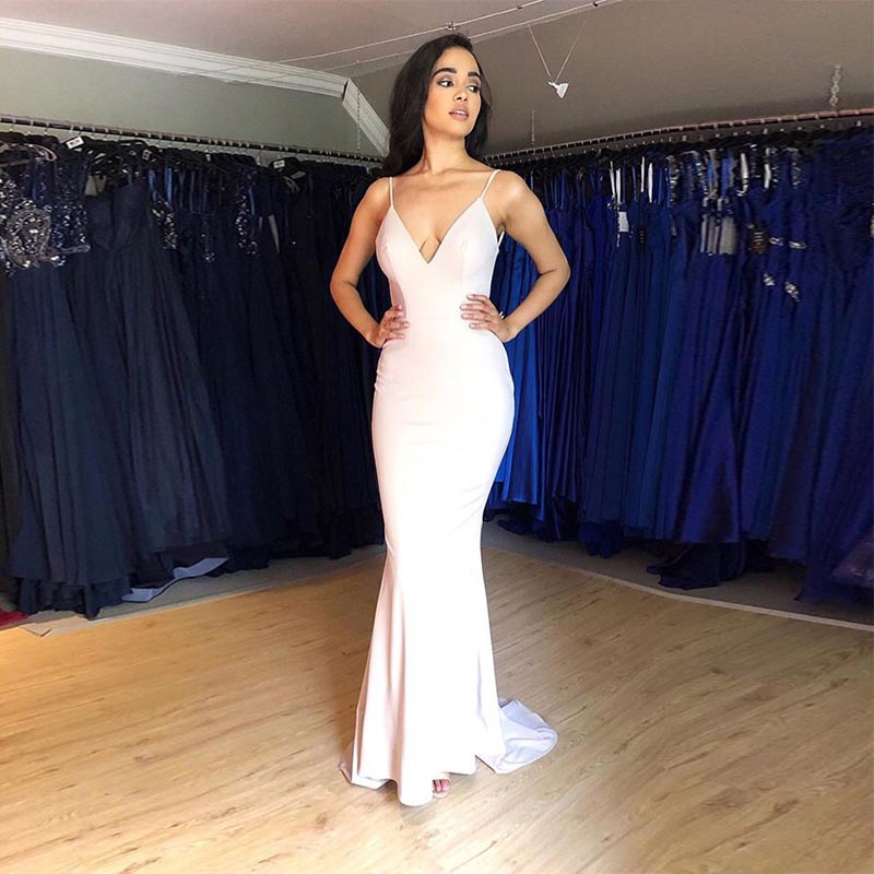 Elegant V-neck   Evening     Dress   Light Pink Spaghetti Straps Sweep Train Mermaid Style Robe De Soiree Simple Cheap   Evening   Gowns New