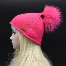 2017 Новый бренд женщины Шерсть вязание шляпа С Super deluxe 22 см большой мех Енота ПОМПОН Заостренный шляпа высокое качество Шапочка Шерсть gorros