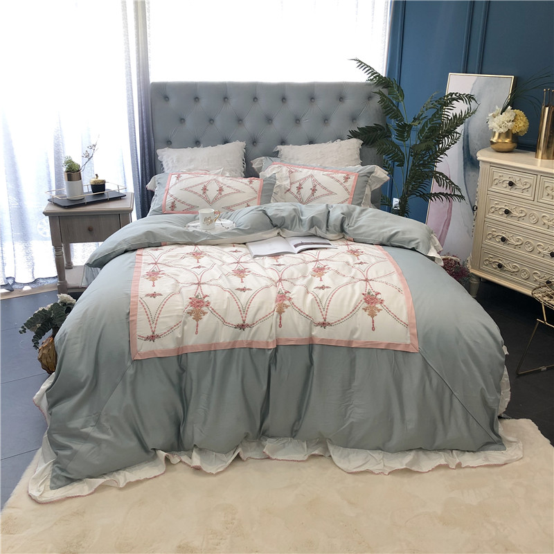 4Pcs Chic  Ruffle Embroidery Patchwork Duvet Cover Set Egyptian Cotton Ultra Soft Queen King Size Bedding Set Flat Bed Sheet Set
