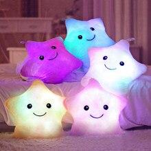 1pc 38cm színes csillag alakú játékok csillag ragyogó LED világító pálca puha pihenni ajándék mosoly testpárna valentin ajándék Y0106