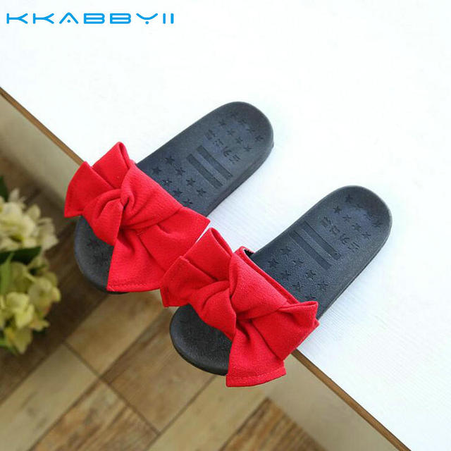 newest df0cb 5317b US $9.8 |KKABBYII Nuova Vendita Calda Estate Delle Ragazze Scarpe Per  Bambini Sandali Slides Pantofole di Stoffa Per Bambini Big Bow nodo Bowtie  ...