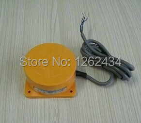 Proximity switch TCO-3040D DC three-wire PNP normally closed 40 mm distance is adjustable long distance proximity switch tca 3050c normally open three wire dc type pnp