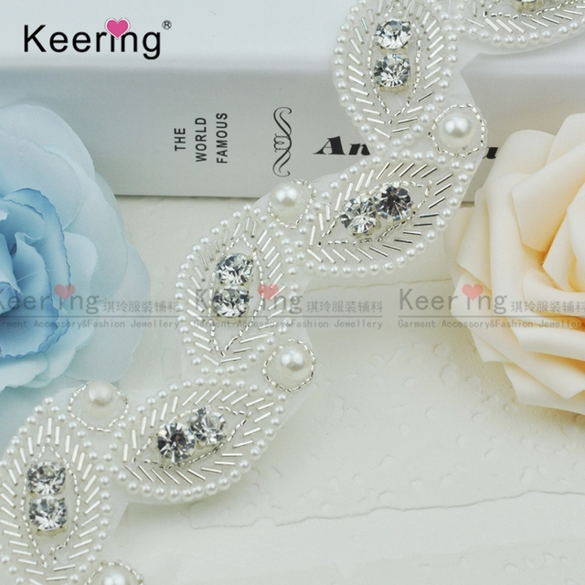 Beautiful Leaf Design Pearl And Rhinestone Beaded Trims WRA-436