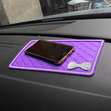 Car Ornament Diamond Bow-Knot PVC Dashboard Sticky Pad Anti-Slip Mat Universal Automobiles Interior Decoration Non-slip Cushion