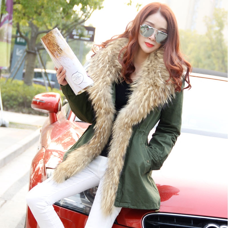 2017 new Large raccoon fur collar coat with faux fur lining long green winter jacket female faux rabbit fur brown mr short jacket sleeveless with big raccoon collar fall coat