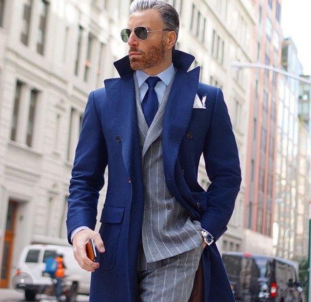 1123ffeb8a10 2017 Mais Recentes Modelos Casaco Calça Azul Marinho Jaqueta Blazer  Masculino Modern Moda Inverno Casaco Longo