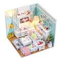2015 Presente de Aniversário Mini Montado Casa de Bonecas Artesanais DIY de Madeira Casa De Bonecas Em Miniatura