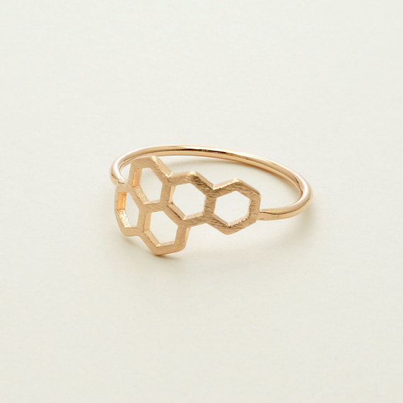 Daisies New Fashion Honeycomb Shape and Linked Hexagon Finger Ring for Women Birthday Gift One Pc