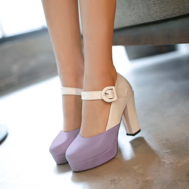 Большой размер новая мода женщины насосы толстый каблук туфли на каблуках пряжка женщины туфли на платформе женщина круглый носок туфли на каблуках женщина