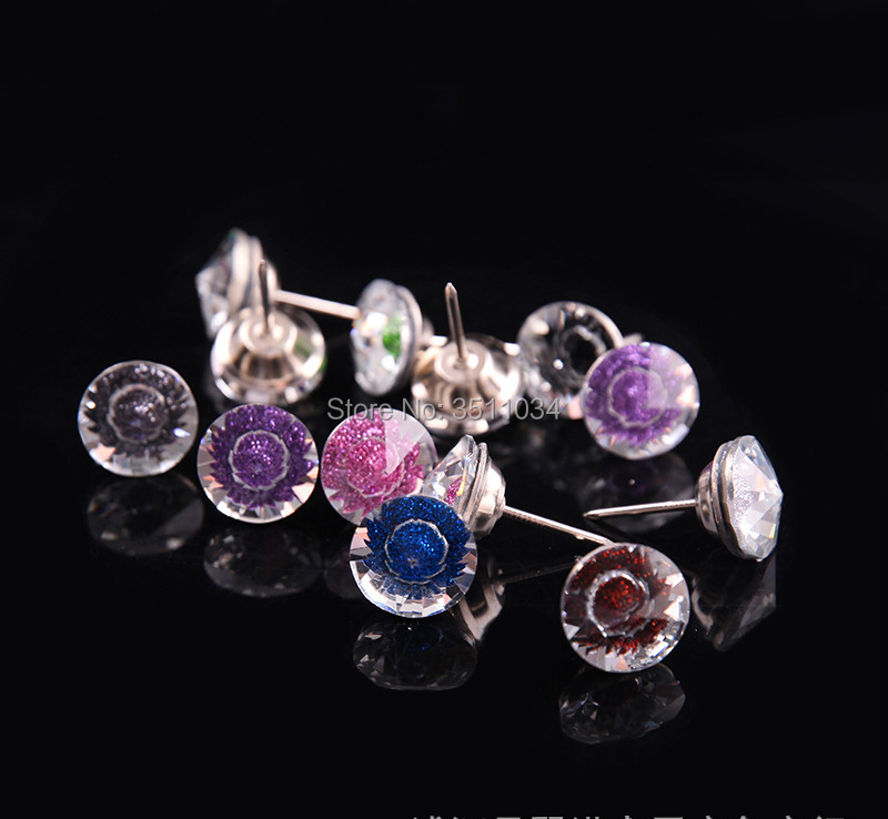 100pcs 20mm High Quality Crystal nail buckle Crystal Nails Button Sofa Decoration Furniture Accessories Crystal Diamond buckle 100pcs mini button buckle blyth doll clothing accessory tri glide 3 mm ultra small belt buckle doll clothes buttons shoes buckle