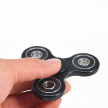 2017 New Black Tri-Spinner Fidgets Toy Plastic EDC Sensory Fidget Spinner For Autism and ADHD Kids/Adult Funny Anti Stress Toys