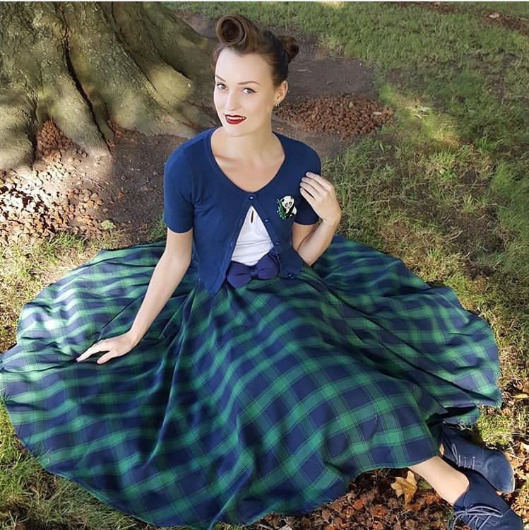 b813f0ccd59 Detail Feedback Questions about 40 women vintage 50s Marienne swing skirt  in green tartan rockabilly pinup saia skirts plus size faldas on  Aliexpress.com ...
