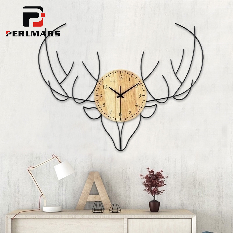 ins Nordic Fashion Iron Art Deer Round Wood Wall Clock Creative Personality Living Room Office Wall Watch Clocks Home Decoration
