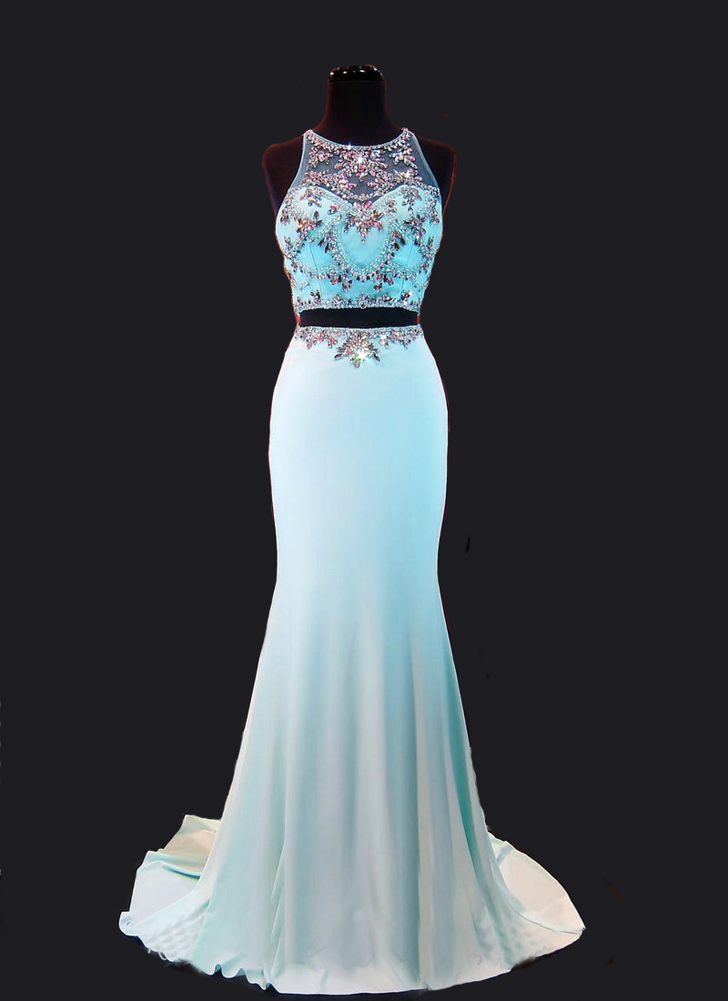 Long Prom Dresses On Maniquin