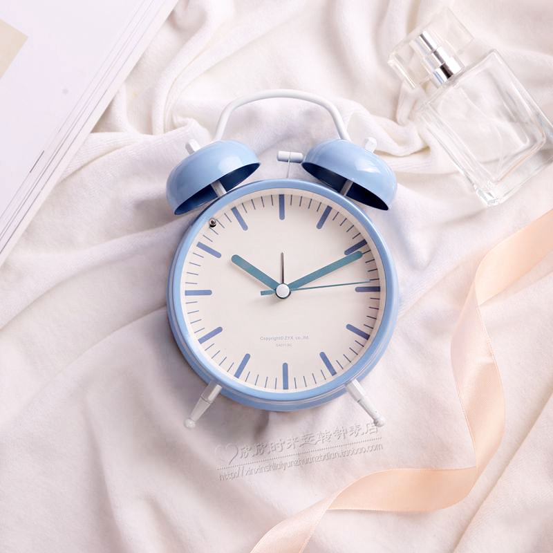 2017 Despertador Alarm Clock New Bell Simple Small Fresh Lovely Table Metal Circular Europe With Backlight Single Face Needle