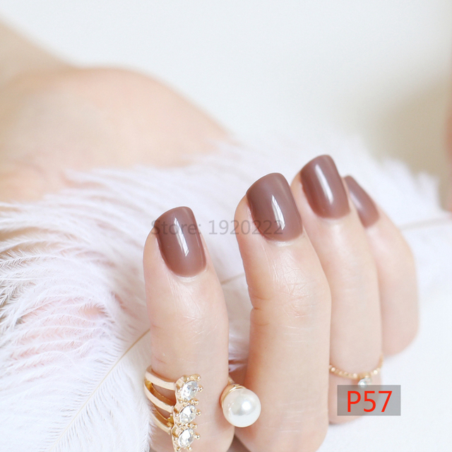 faux ongles courts