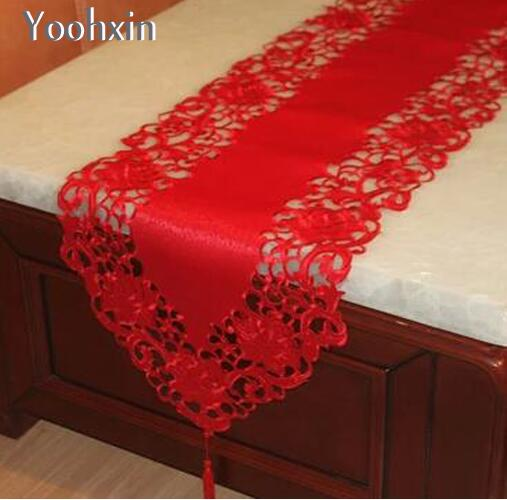 Modern Embroidery Table Runner Flag Cloth Cover Towel Red Satin Lace Christmas Tea Tablecloth Placemat Home Party Wedding Decor
