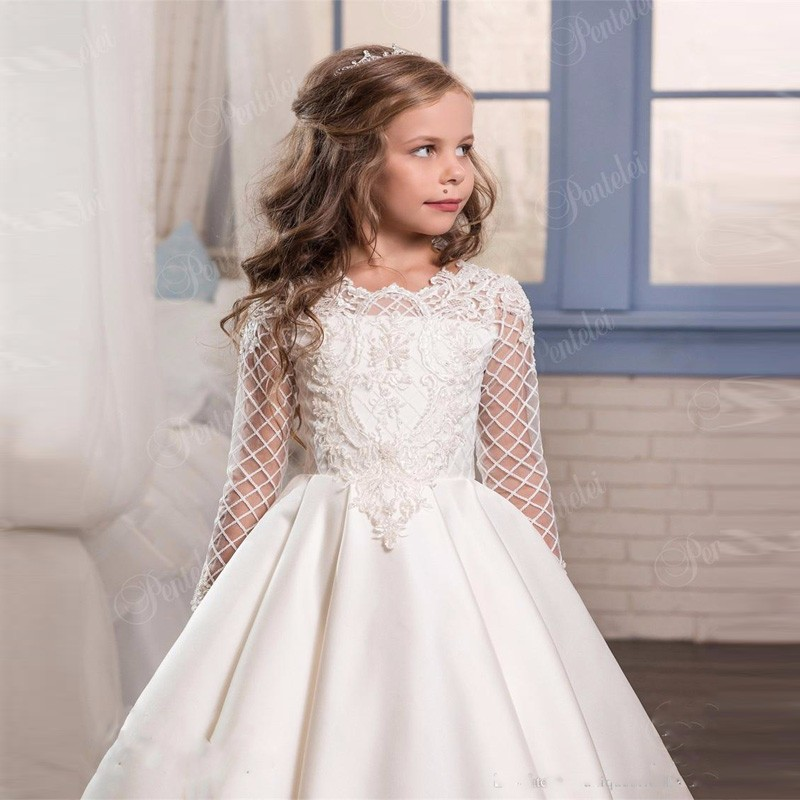 0934d0690dd New Fashion Flower Girl Dress 2017 First Communion Dresses For Girls Long  Sleeve Mesh Pageant Party Gowns for Kids-in Dresses from Mother   Kids on  ...