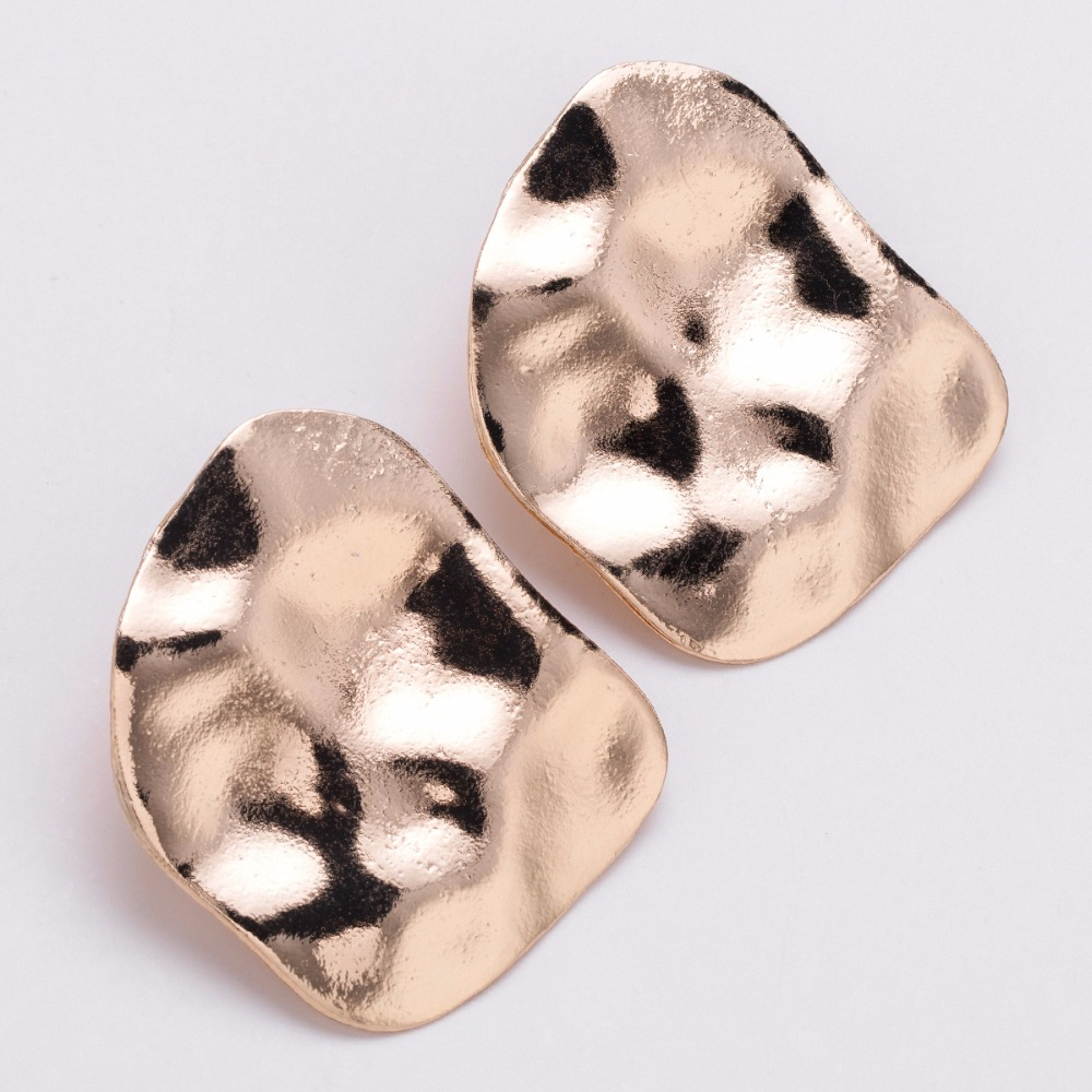 Qiaose New Design Simple Alloy Geometric Stud Earrings for Women Fashion  Jewelry Boho Maxi Collection Earrings Accessories -in Stud Earrings from  Jewelry ... 2af6383385c9