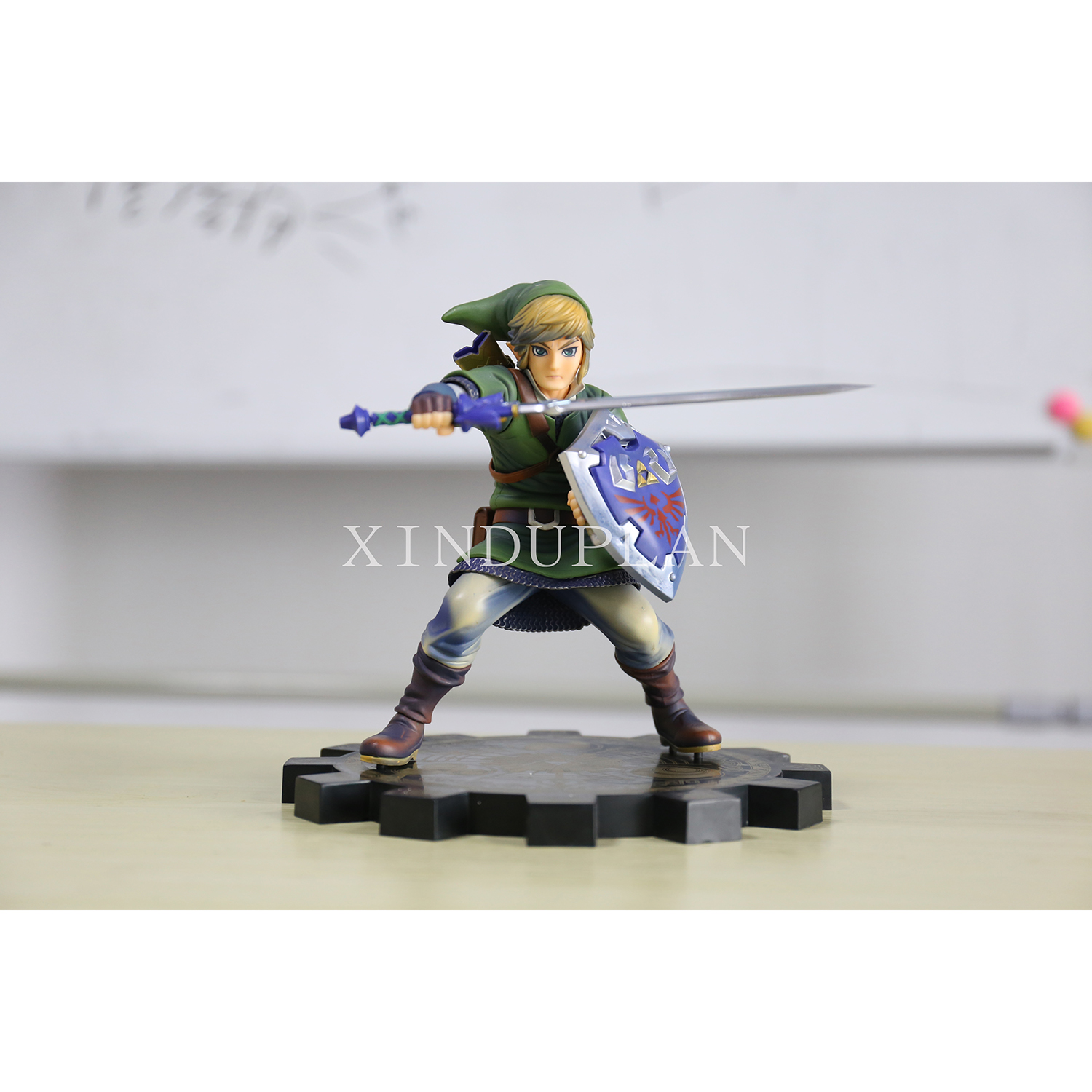 XINDUPLAN Zelda Link Legend of Zelda 1/7 Wind Waker Skyward Sword Action Figure Toys 20CM PVC Kids Gift Collection Model 0977 legend of zelda action figure toys 10cm pvc nintendo 3ds zelda manga figma zelda link vinyl doll