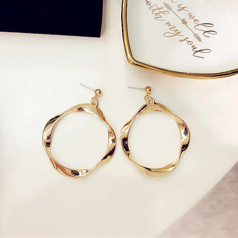 Simple Gold Color Big Hoop Earring For Women Statement Fashion Jewelry Accessories Large Circle Round Loop gold color Earrings