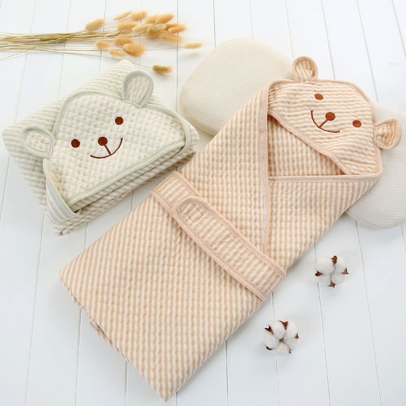 Newborn baby solid color hug is cotton autumn and winter thickening package is born baby baby out of warm blanket