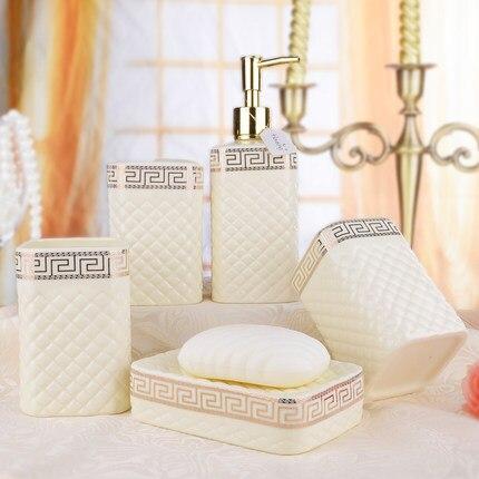 Houmaid accessoires de salle de bain de style européen ensemble en céramique porte-savon porte-dents tasse de brossage - 4