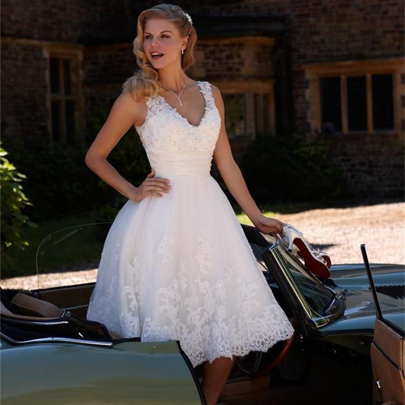 Свадебные платья до колена из кружева