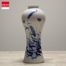 Blue and white porcelain of Jingdezhen ceramic vase painted decoration art decor table of reed grass цена