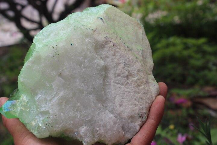 1737g Quartz cristal grappe herbe aura verte baguette de guérison spécimens 'A1 - 6