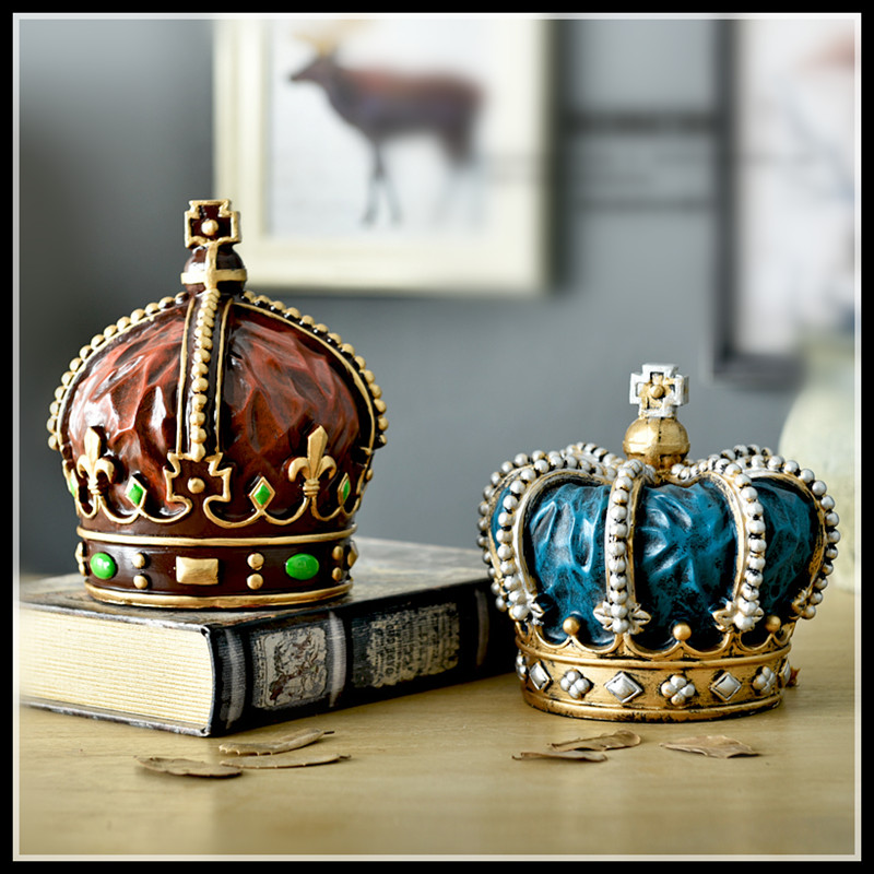 Elimelim Crown Carriage Retro Ornaments Resin Crafts Cool Gifts Home Decoration Accessories Vintage Home Decor
