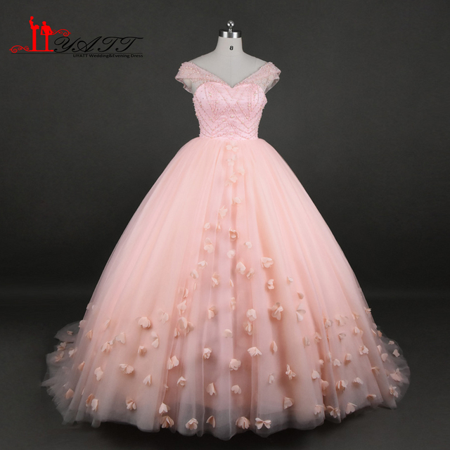 651e630a204 2017 Real Photo Custom Made Pink Luxury Crystal Extra Puffy Arabic Vintage  Evening Prom Dresses Lace Up Custom Made LIYATT