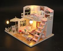 DIY Doll House Play Miniature Dollhouse Toys for Children Cute Families House Blue Coast Dollhouse Family Girl Gift Kid Toy