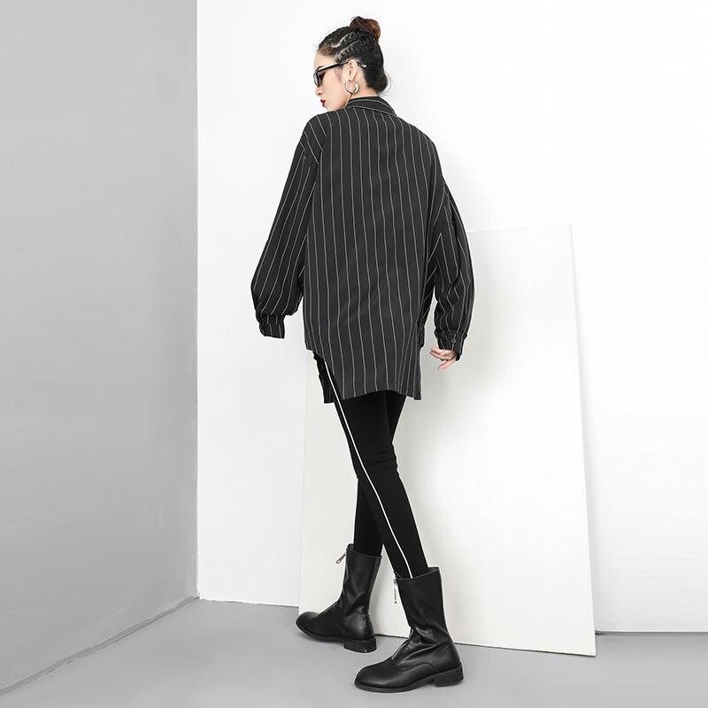 [XITAO] Cardigans Women Europe Fashion Turn-down Collar Full Sleeve Loose Striped Shirt Female Irregular Button Blouse WBB1466 2