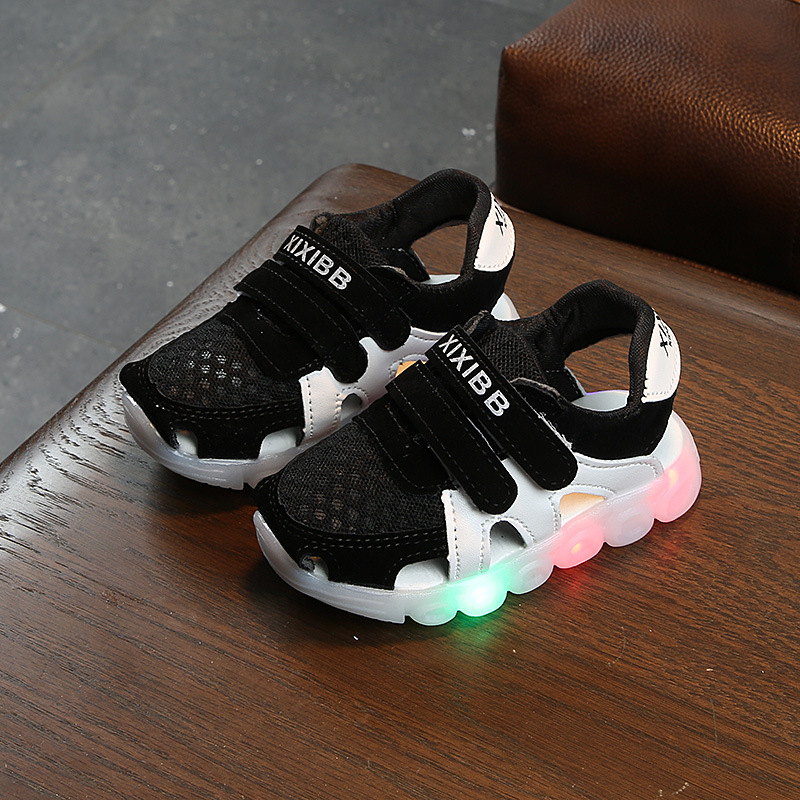 Davidyue Kids Sandals For Girls Boys Luminous Summer Glowing Flat Baby First Walkers Sandals Beach Baby Led Light Sandals