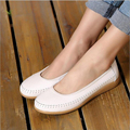 Women flats spring 2017 high quality genuine leather moccasin flat driving shoes slip-on round toe comfortable leisure shoes