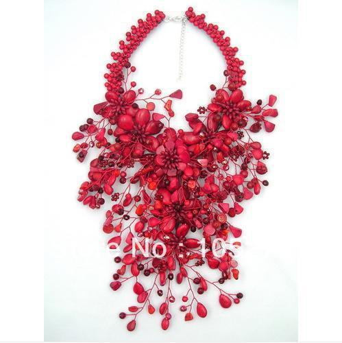 Coral encanto Vermelho Flor Jóias Sorte Cor Vermelho Coral Howlite Contas de Cristal Declaração Wird Flor Pesado Colar 16 ''Hot venda