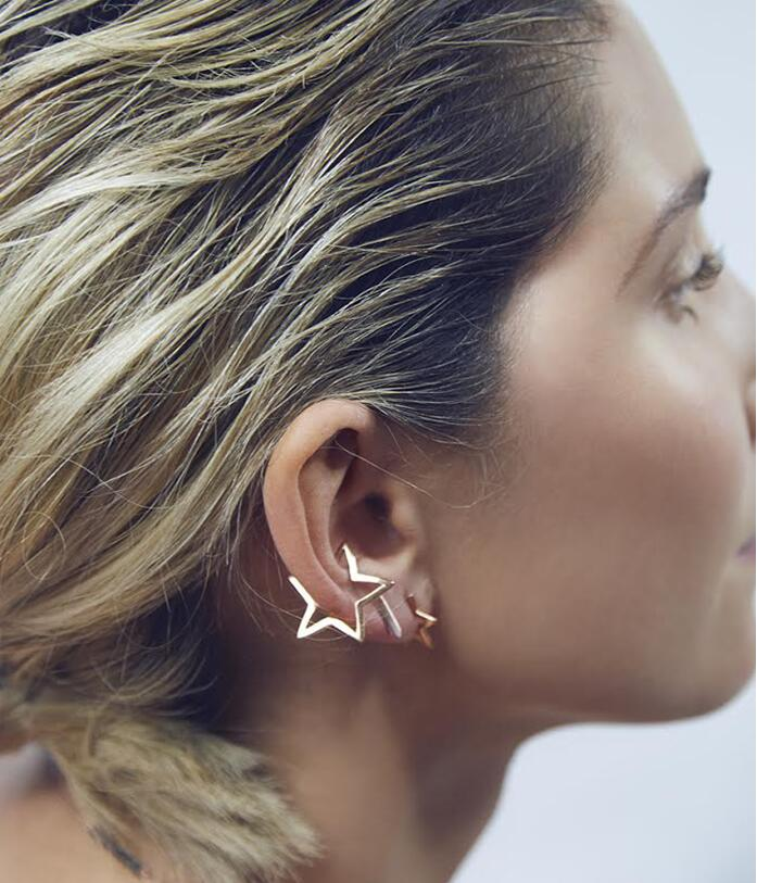 Resultado de imagen de New-Fashion-Geometric-Triangle-Earclips-for-Women-Birthday-Gift-Simple-Vintage-Star-Earrings
