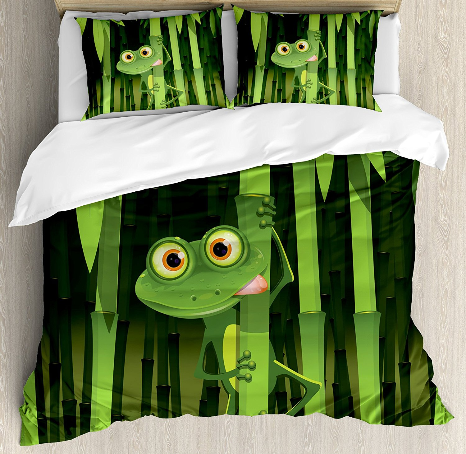 Animal Duvet Cover Set Funny Illustration of Friendly Fun Frog on Stem of the Bamboo Jungle Trees Cute Nature Bedding Set Green