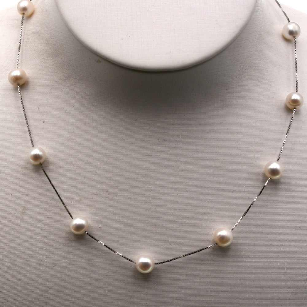 Silver Chain round Freshwater Pearls choker Necklace