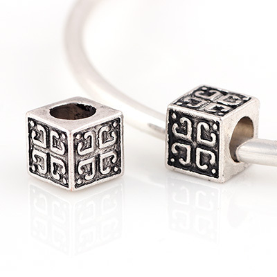 10 Pcs a Lot Silver Alloy Beads Cube Shape With Love Heart DIY Big Hole Murano Charm Beads Fit For Pandora Charms Bracelets